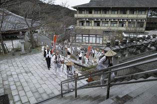 壺阪寺に到着