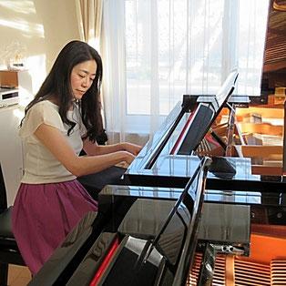 北広島市 ももこピアノ教室の講師です