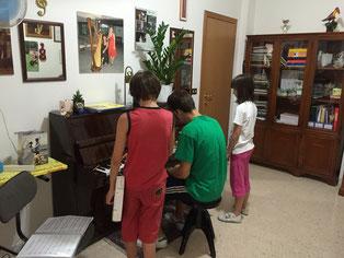 momenti di studio nella Scuola di Musica Suaviter