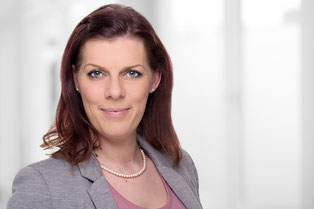 """Janina Philp"" Inhaberin  Shining Home Haushaltshilfe schwanger Buxtehude Buchholz  Betreuung Pflege"