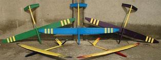 5 planeurs radiocommandés Miraj Aeromod jaunes, côté intrados