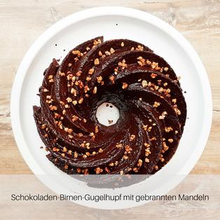 Schokoladen-Birnen-Gugelhupf mit gebrannten Mandeln