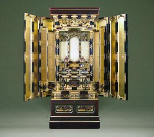 この金仏壇は、年間製作台数1台のみの限定オーダー商品です。