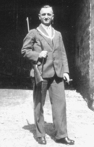 """Ein """"Schützenkönig"""" des Flehinger Kleinkaliberschützenvereins aus den 30 er Jahren – wer kennt seinen Namen?"""