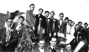 """Kirchweih 1950. Solche Bilder und die Geschichten dahinter wären doch etwas für ein """"Kirchweihteam"""""""