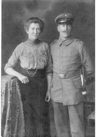 """Bis in den Ersten Weltkrieg hinein hing der """"Stand"""" der Frau von dem des Mannes ab"""