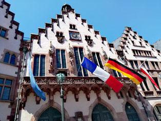 drapeau francais facade Römer Francfort