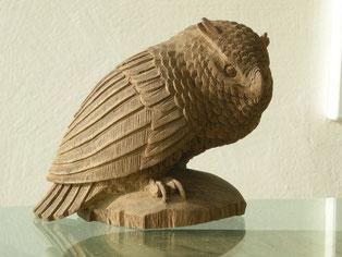 Eule Holzuhu Holzeule Holzskulptur Skulptur Paul Widmer