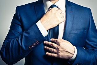 Krawatte in Firmenfarbe