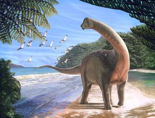 Reconstrucción del nuevo dinosaurio titanosaurio Mansourasaurus shahinae en la costa, hace aproximadamente 80 millones de años, en lo que hoy es el desierto occidental de Egipto / Andrew McAfee, Carnegie Museum of Natural History