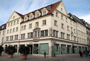 Historische Komplattsanierung des ehemaligen Rotdauscher Gebäudes in Regensburg (heute Zara)