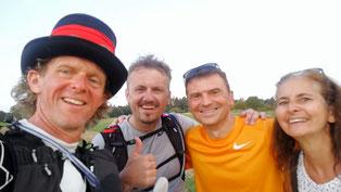 Überraschend waren meine Lauffreunde zu Besuch bei meinem Ziellauf dabei...