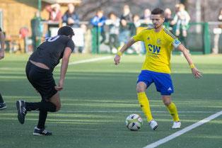 FC-Kapitän Fabio Couspatras (rechts) will sein Team auch beim TSV Aufderhöhe II zum Sieg führen (Foto: 1. FC Solingen)