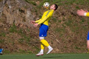 Alexander Leichner am Ball (Credit: deutzmann.net)