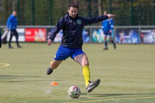 Carlo Farella wird wohl beim Test am Mittwoch fehlen. Er zog sich im letzten Spiel eine Zerrung zu. (Foto: 1. FC Solingen)