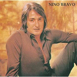 "Luis Manuel Ferri LLopis ""Nino Bravo""  cantante valenciano fallecido en accidente de circulación en 1973."