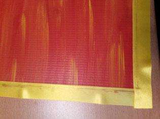 DIY Pinnwand mit Korkuntersetzt - Umrandung mit einem Band