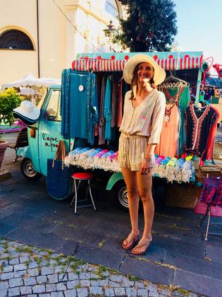 come aprire una boutique itinerante e realizzare il tuo sogno di aprire un ape shop ambulante