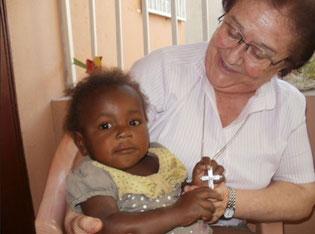 Visita de Irmã Nuria, Geral, no Haiti