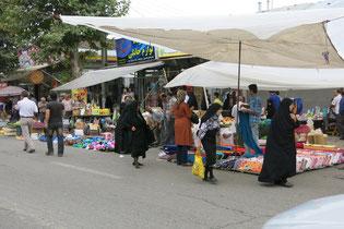 Marktgeschehen in Fuman