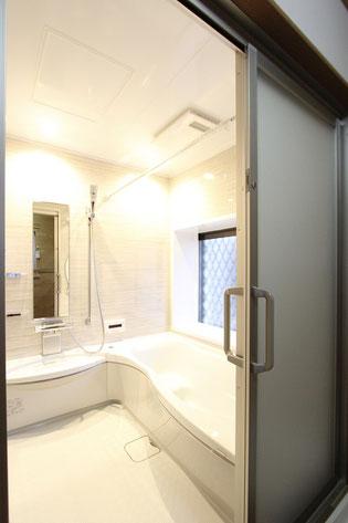 浴室入口改装後【古賀市 O様邸】引戸・バリアフリー