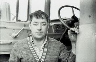 водитель Александр Григорьевич Артемов