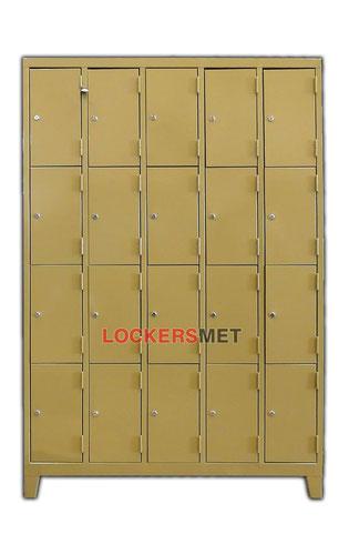 Lockers puertas angostas de 22 x 40 CM.