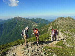左、小赤石岳&赤石岳。 右、中岳、前岳