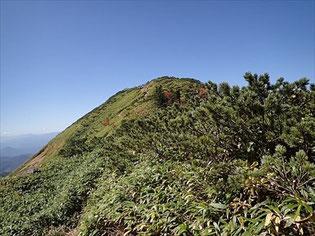 真ん中が武尊山山頂