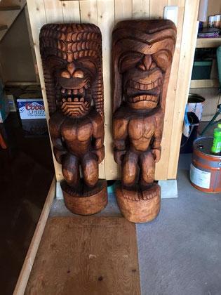 ハワイアン家具ティキ2