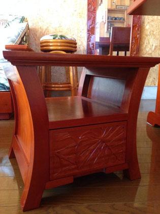 ハワイアンランプテーブル