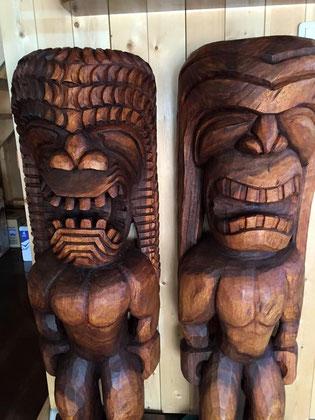 ハワイアン家具ティキ