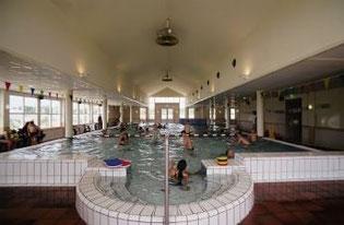 Schwimmbad im Parkzentrum
