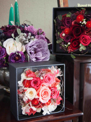 プリザーブドフラワー,ボックスフラワー,プロポーズ,ピンク,電報祝電,結婚祝い,両親贈呈プレゼント