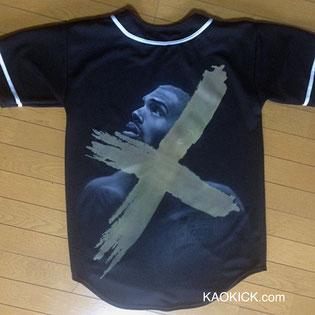 エアブラシでTシャツに描いたcrhisbrownクリスブラウン