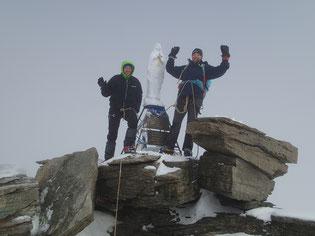 Frédérique et Jérome au sommet, 4061 m