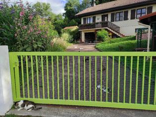 ecole du chat neuvecelle haute savoie refuge jardin maison