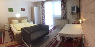 Zimmer mit Etagendusche