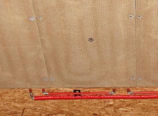Klimaelement verbinden mit WEM Klimarohr und Press-Winkel - Wandheizung Lehmbau Neuhaus