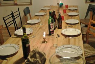 Zuerst noch den Tisch decken...
