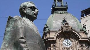 Bild: Statue Salvador Allende Cossens