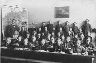 2.Klasse 1937 Groß Graben