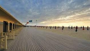 les Planches, la promenade sur la plage de Deauville