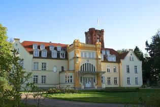 Schloss Lelkendorf 2012 / Foto: Lena Marbacher