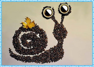 Кофейная картинка улитки