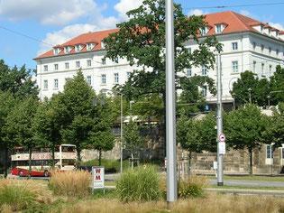 """... das benachbarte Brauhaus """"Zum Waldschlösschen"""""""