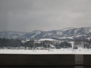 トンネルを抜けると今年も「雪」でした