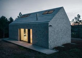 Dekleva Gregoric / Kompact House Project