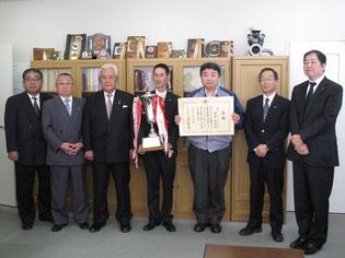 プロドライバー日本一、京ト協正副会長・京都運輸支局長に結果報告!