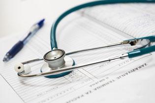 Heilrpaktiker, Arzt, Tabletten, Medikamente, Naturheilkunde